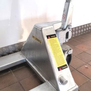Pallet Truck Warning Instruction Sticker Set – 2000kg